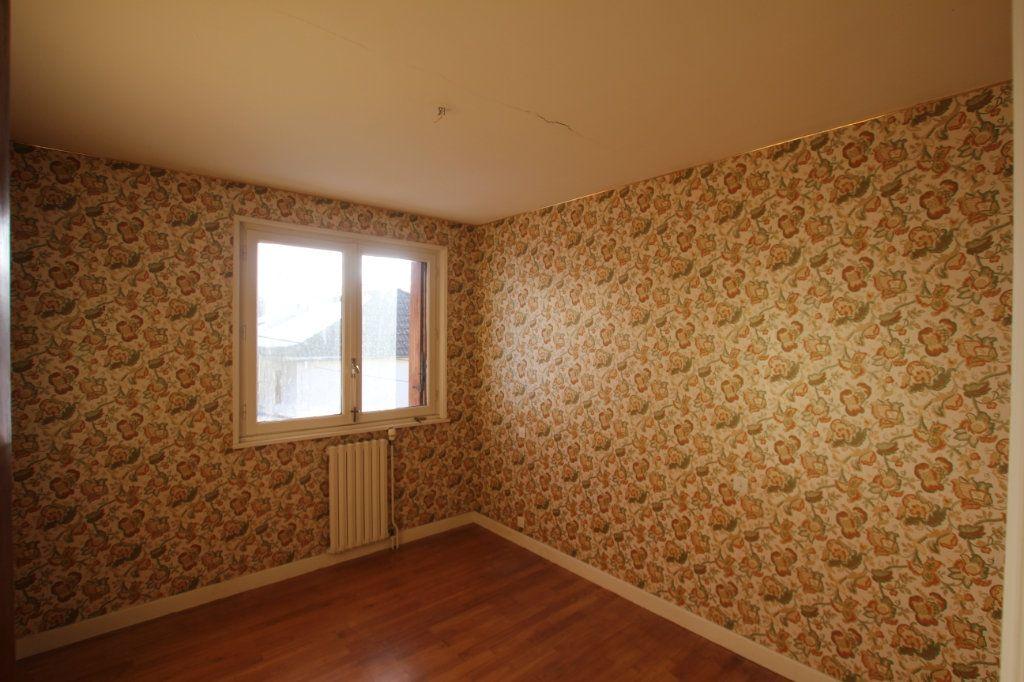 Maison à vendre 5 115m2 à Murat vignette-6
