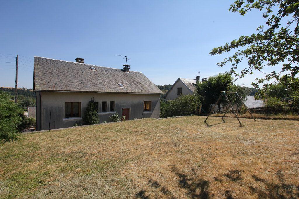 Maison à louer 6 187m2 à Saint-Flour vignette-2