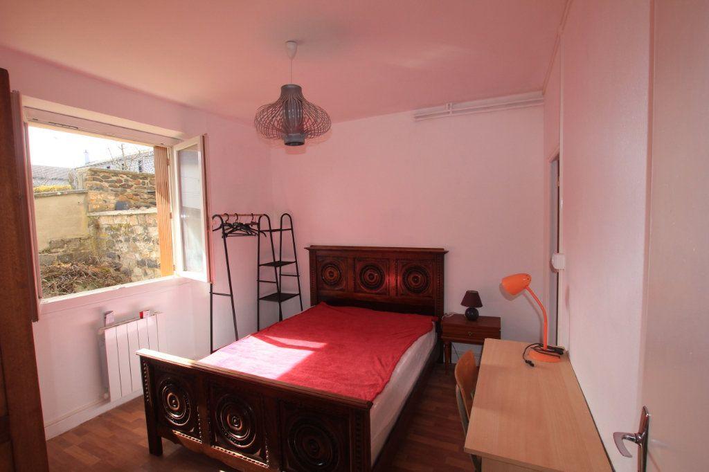 Appartement à louer 2 24.88m2 à Saint-Flour vignette-4