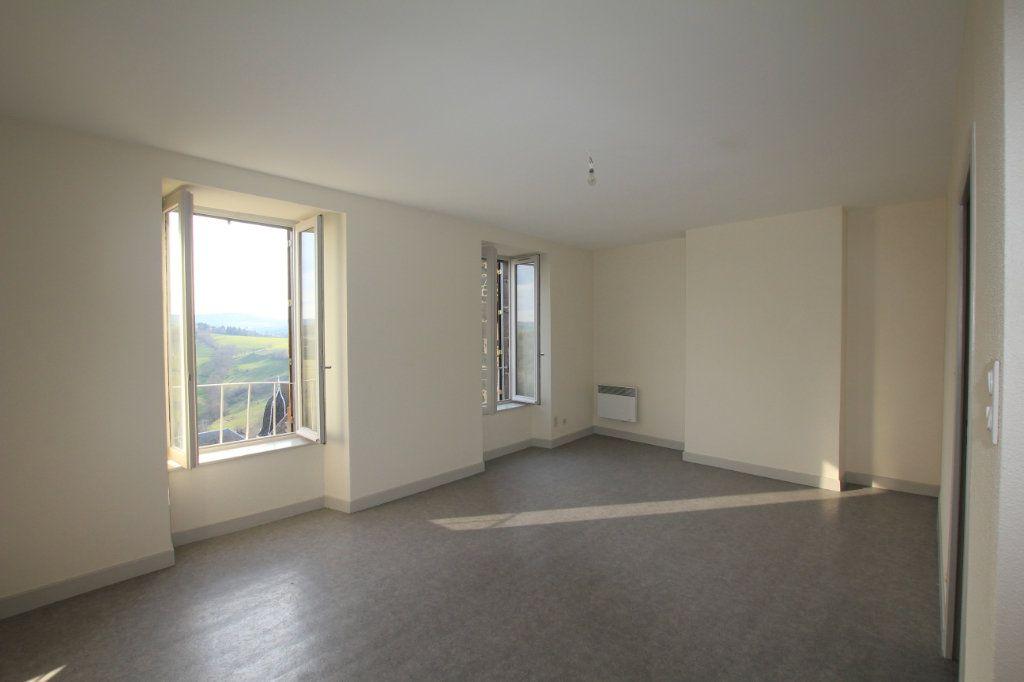 Appartement à louer 2 48m2 à Saint-Flour vignette-1