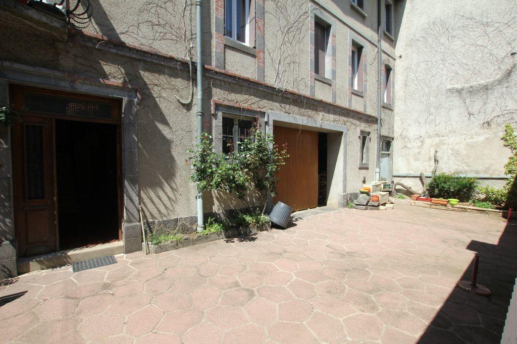 Appartement à vendre 5 112m2 à Saint-Flour vignette-6
