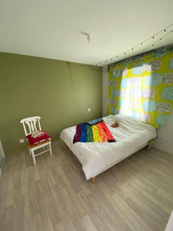 Maison à louer 4 93.9m2 à Saint-Flour vignette-6