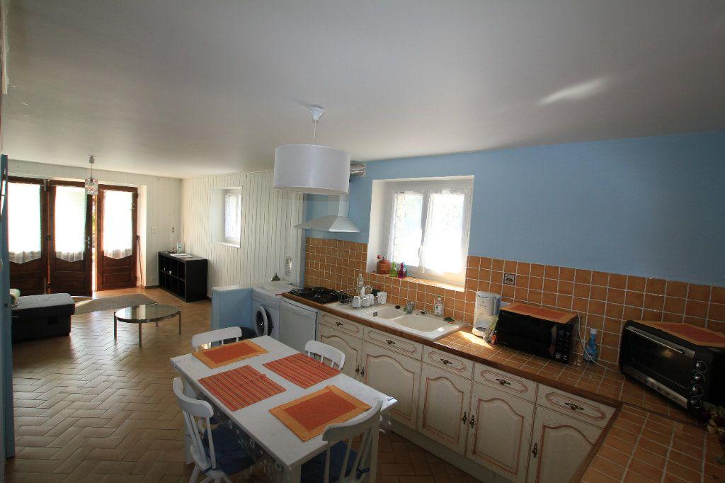 Maison à vendre 11 260m2 à Laveissenet vignette-7