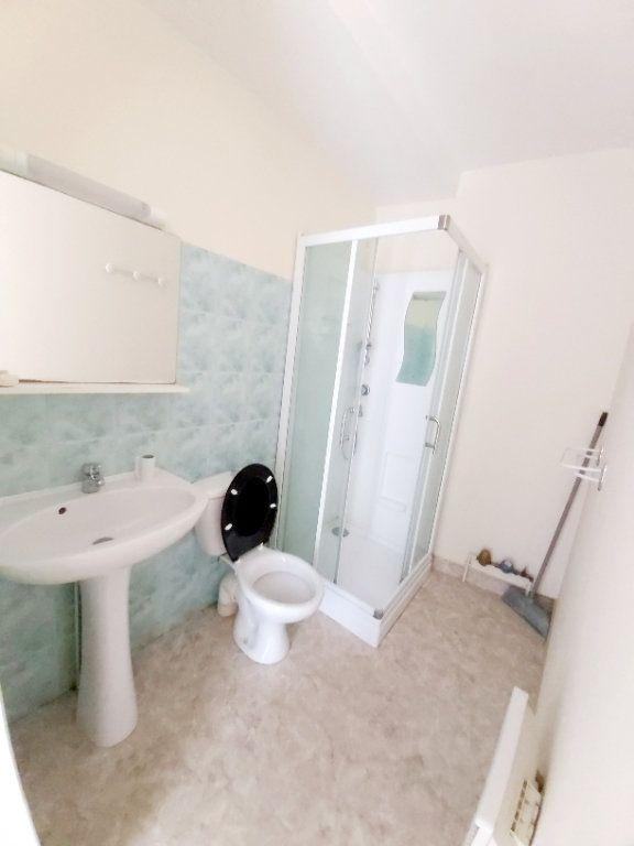 Appartement à louer 1 45m2 à Saint-Flour vignette-4