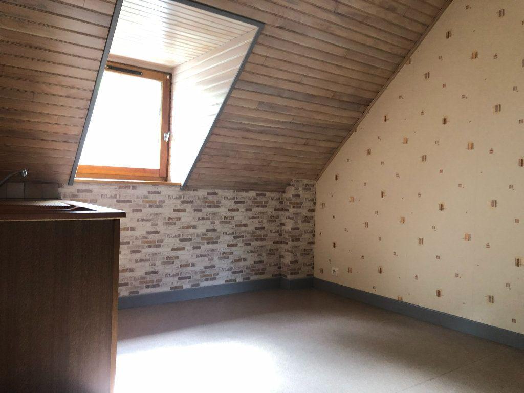 Appartement à louer 2 32m2 à Pierrefort vignette-4