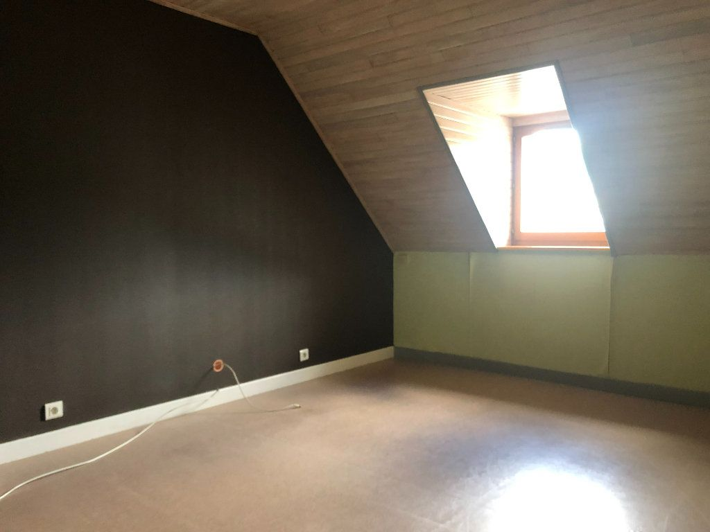 Appartement à louer 2 32m2 à Pierrefort vignette-5