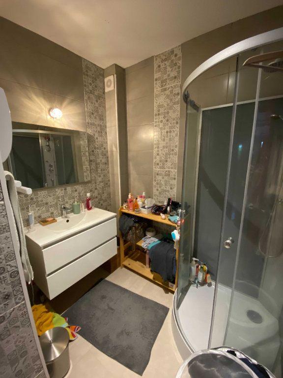 Appartement à louer 3 80m2 à Saint-Flour vignette-5