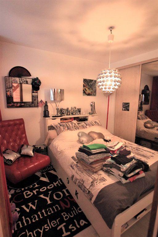 Appartement à louer 3 98m2 à Saint-Flour vignette-6