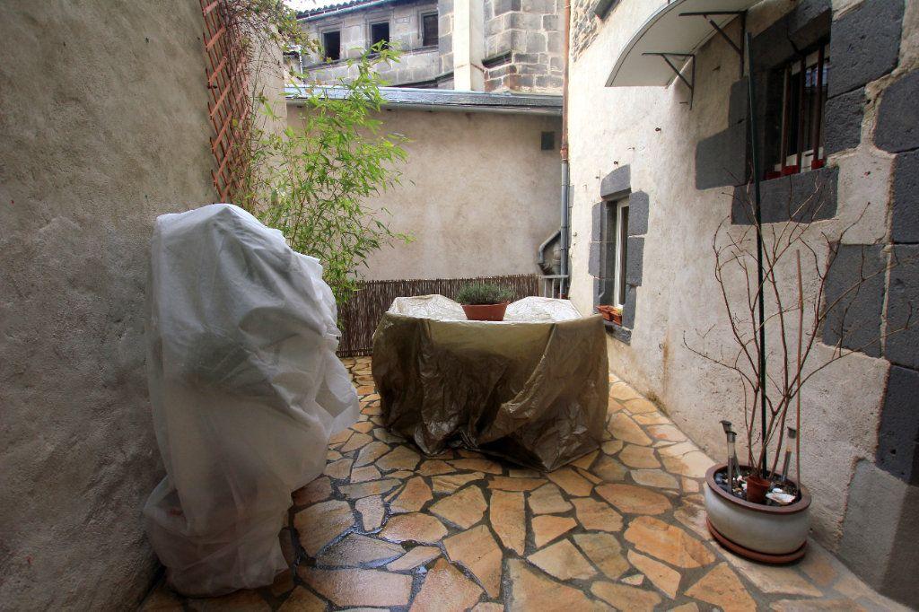 Appartement à louer 3 98m2 à Saint-Flour vignette-7