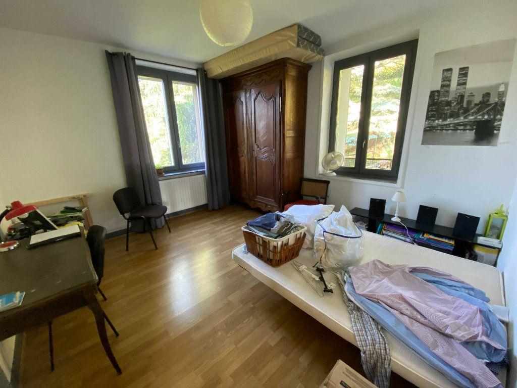Appartement à louer 3 72m2 à Saint-Flour vignette-5
