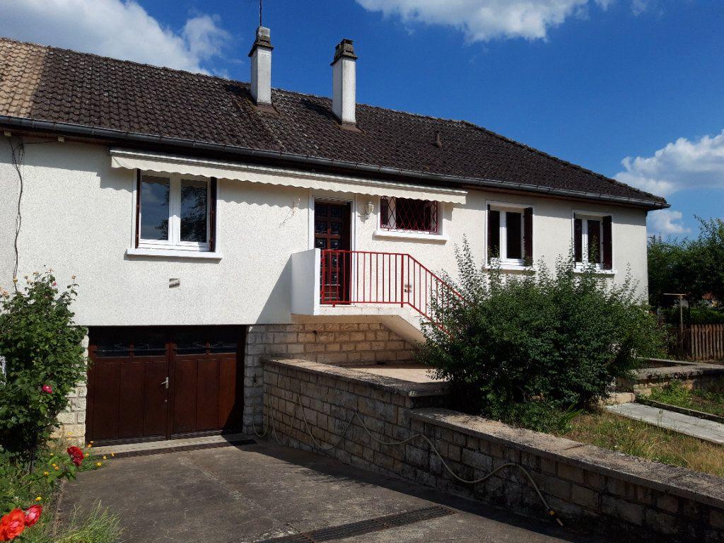 Maison à louer 6 90m2 à Varennes-Vauzelles vignette-1