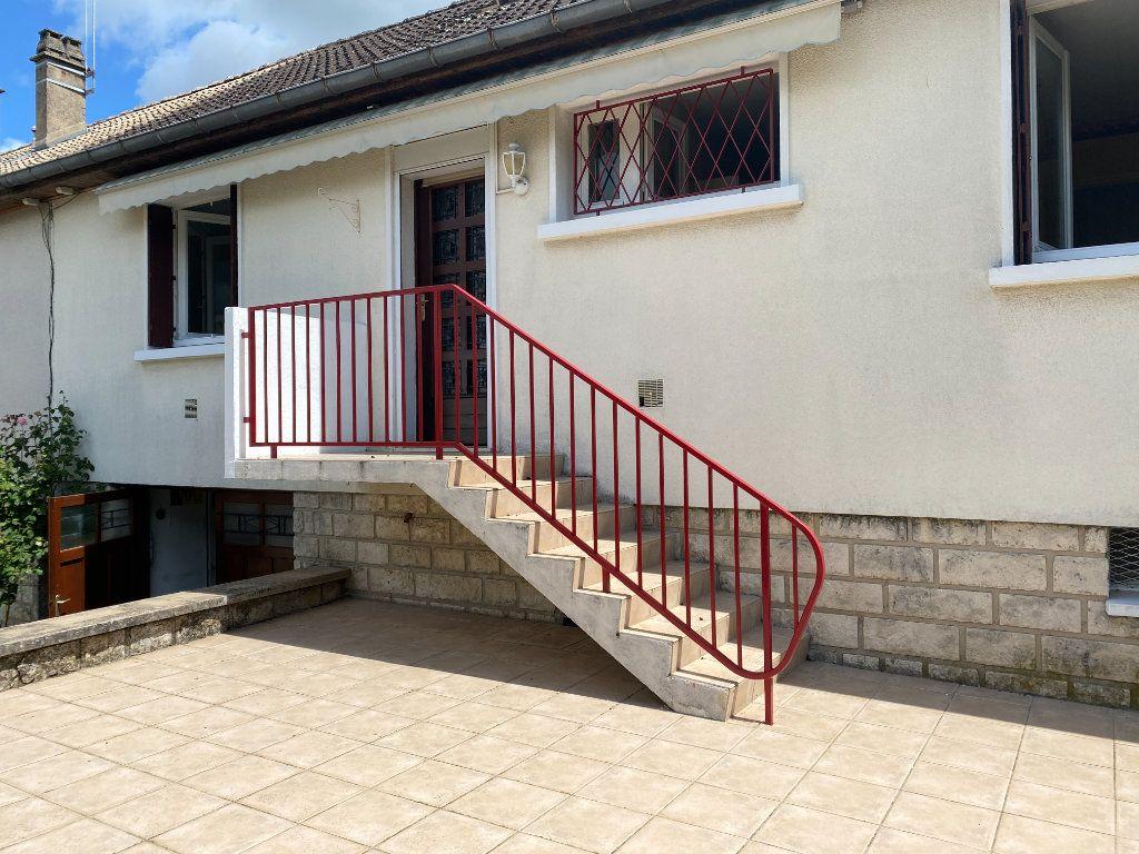 Maison à louer 6 90m2 à Varennes-Vauzelles vignette-3