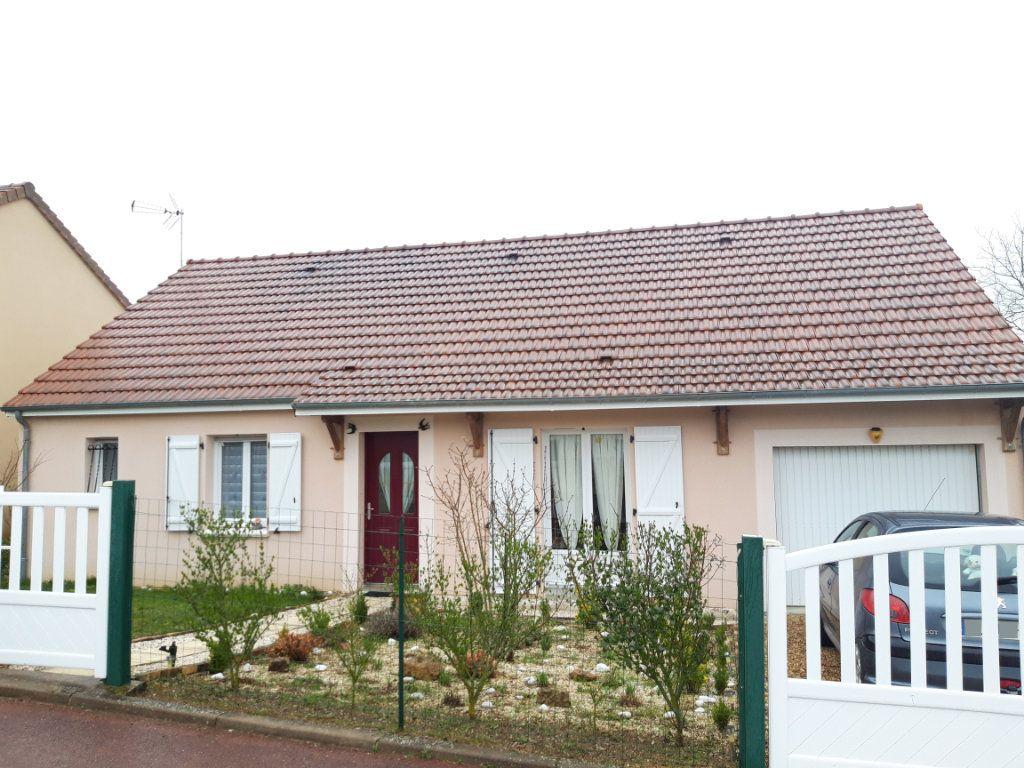 Maison à louer 4 89m2 à Coulanges-lès-Nevers vignette-1