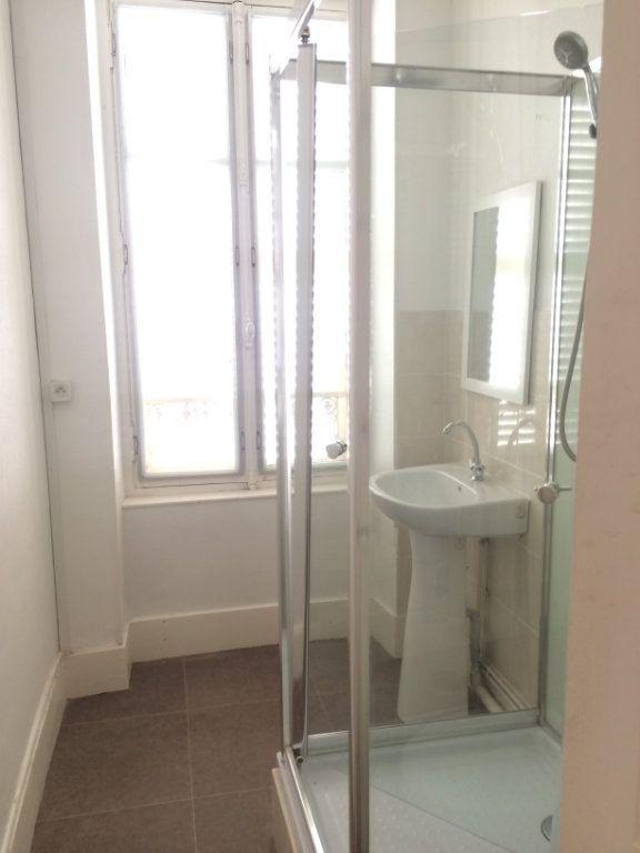 Appartement à louer 4 72m2 à Coulanges-lès-Nevers vignette-6