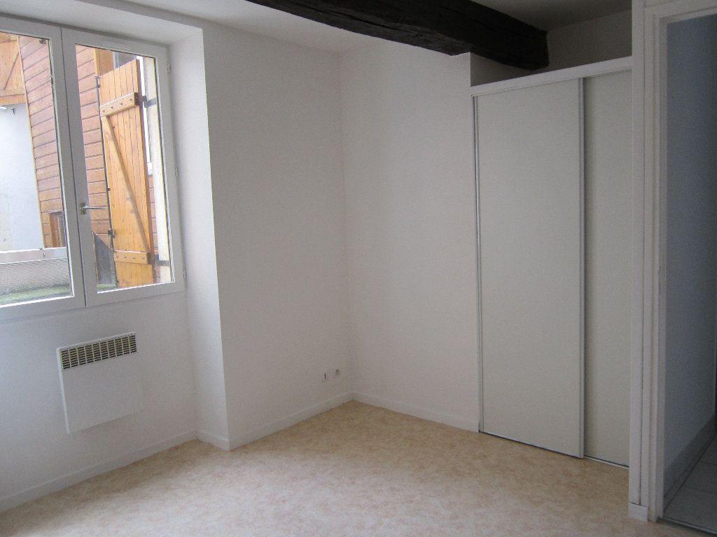 Appartement à louer 2 42m2 à Nevers vignette-3