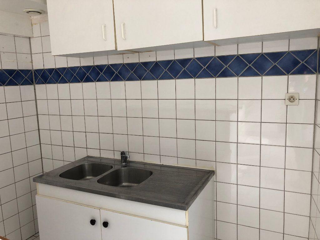 Appartement à louer 2 42m2 à Nevers vignette-10