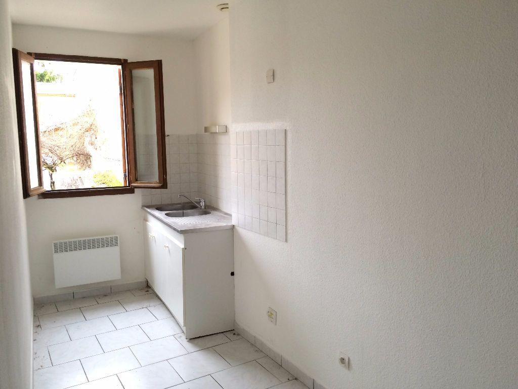 Appartement à louer 3 56m2 à Nevers vignette-4