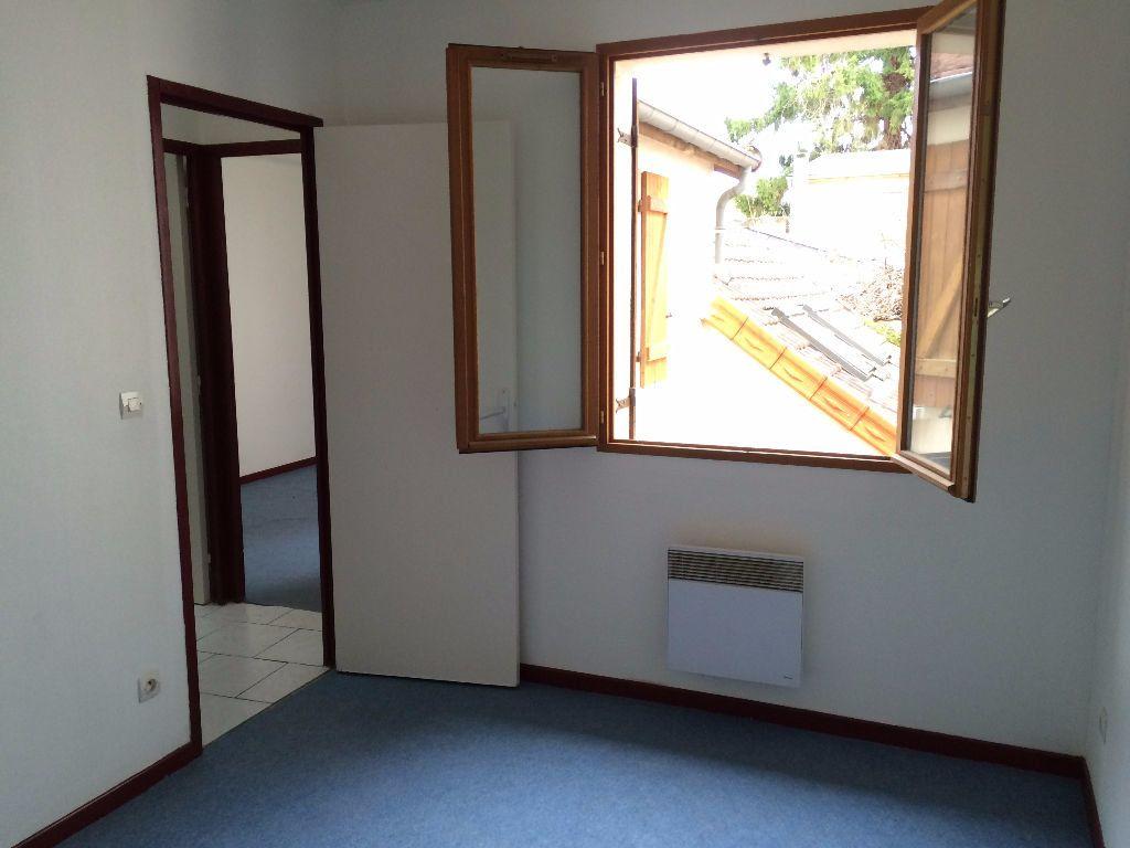 Appartement à louer 3 56m2 à Nevers vignette-5