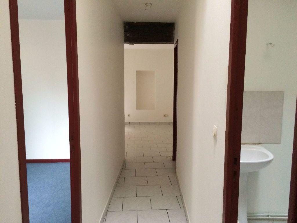Appartement à louer 3 56m2 à Nevers vignette-7
