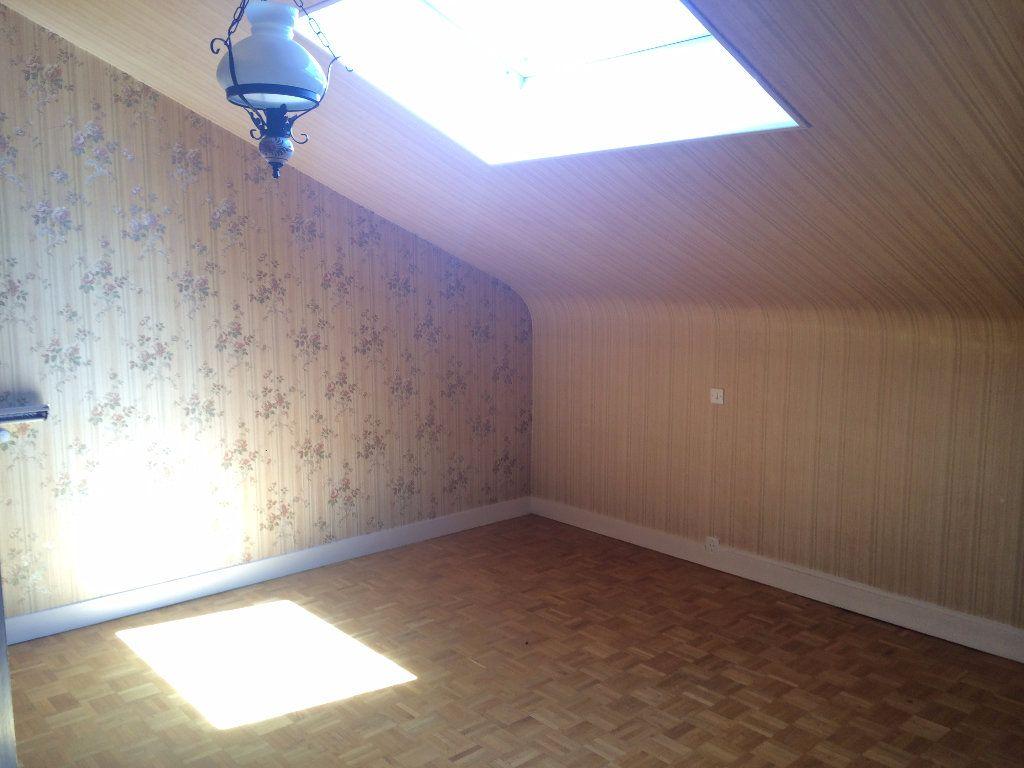 Maison à louer 4 130.8m2 à Nevers vignette-8