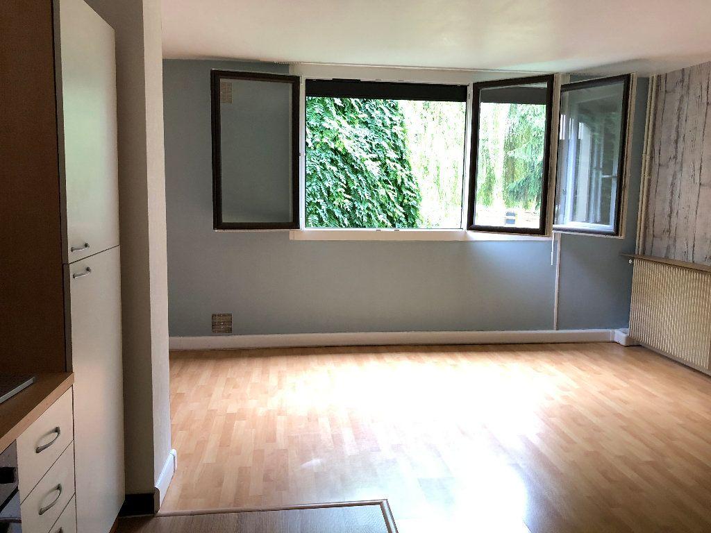 Appartement à louer 1 31m2 à Nevers vignette-12