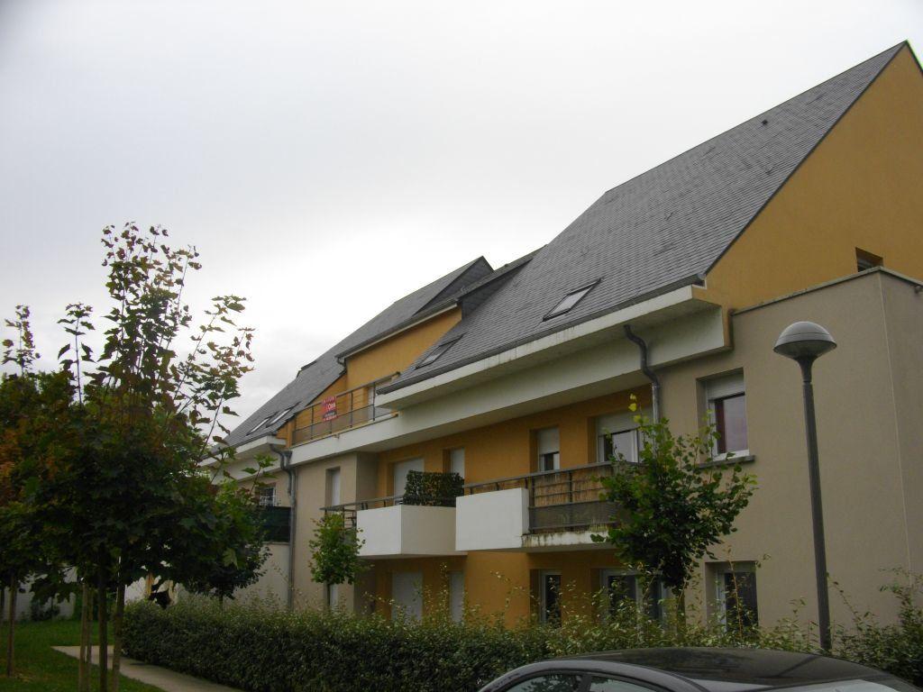 Appartement à louer 3 60.27m2 à Bourges vignette-4