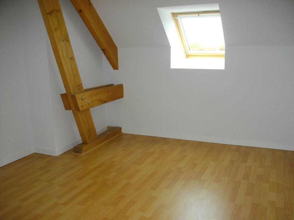 Appartement à louer 3 60.27m2 à Bourges vignette-5