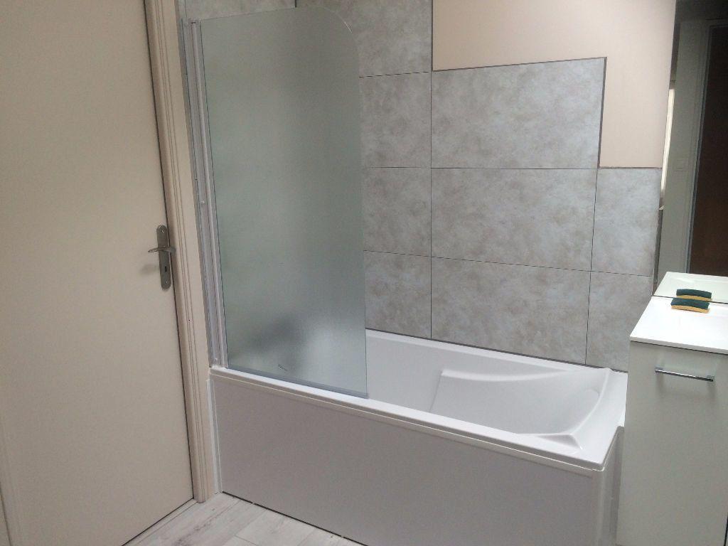 Appartement à louer 2 50.2m2 à Nevers vignette-10