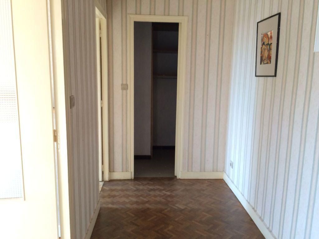 Appartement à louer 2 45.65m2 à Nevers vignette-9
