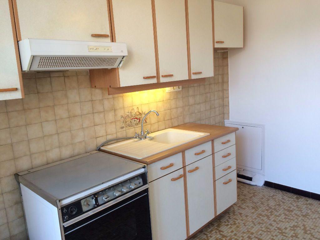 Appartement à louer 2 45.65m2 à Nevers vignette-11
