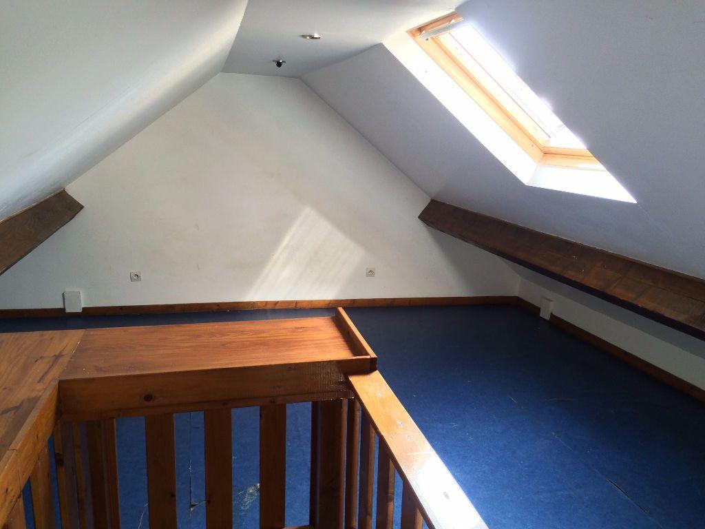 Appartement à louer 5 84.8m2 à Nevers vignette-8
