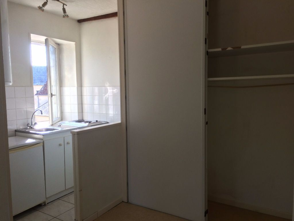 Appartement à louer 1 24.6m2 à Nevers vignette-8