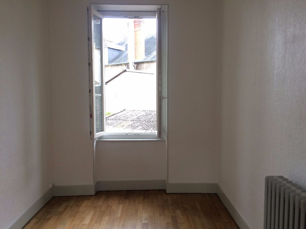 Appartement à louer 3 49.67m2 à Nevers vignette-9