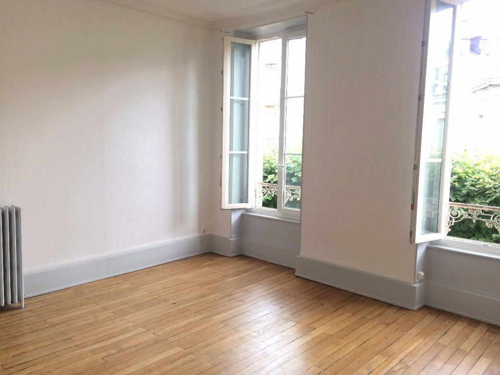 Appartement à louer 3 49.67m2 à Nevers vignette-12