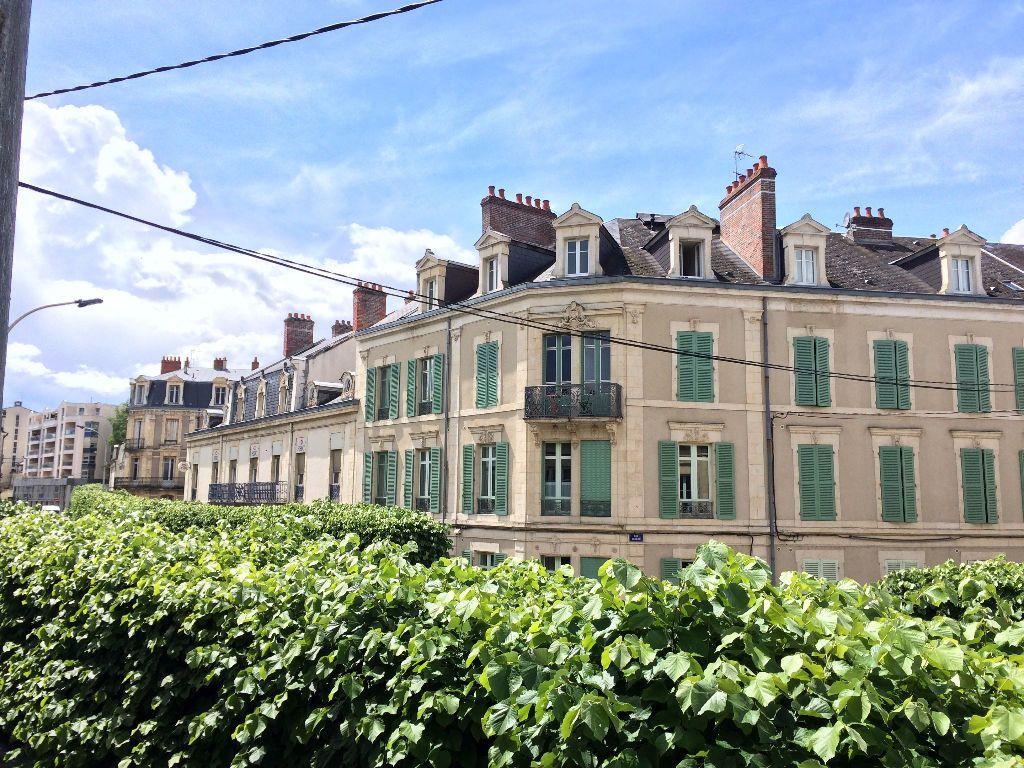 Appartement à louer 3 49.67m2 à Nevers vignette-14
