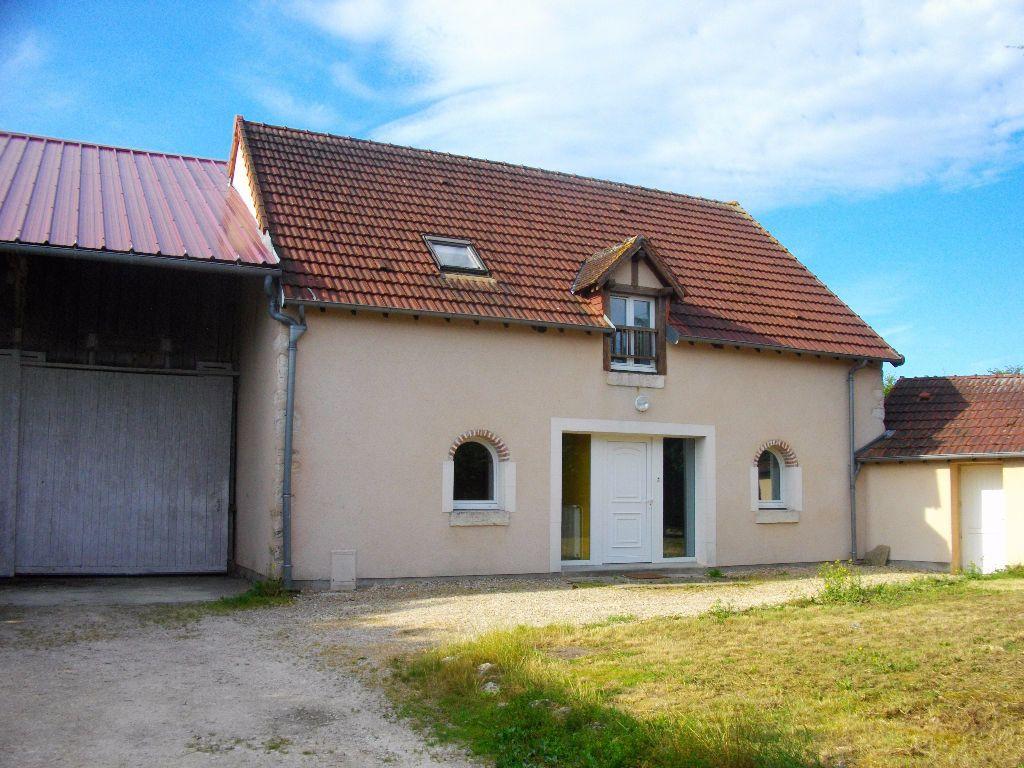 Maison à louer 5 145.16m2 à Marmagne vignette-1