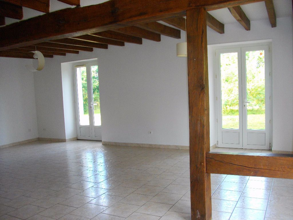 Maison à louer 5 145.16m2 à Marmagne vignette-2