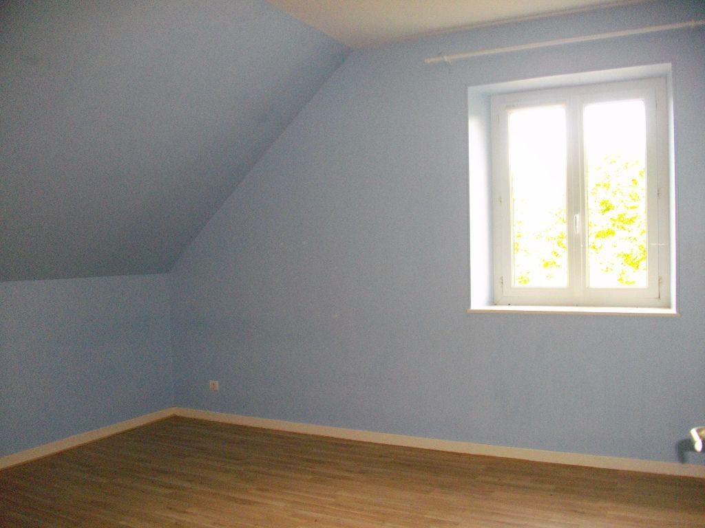 Maison à louer 5 145.16m2 à Marmagne vignette-6