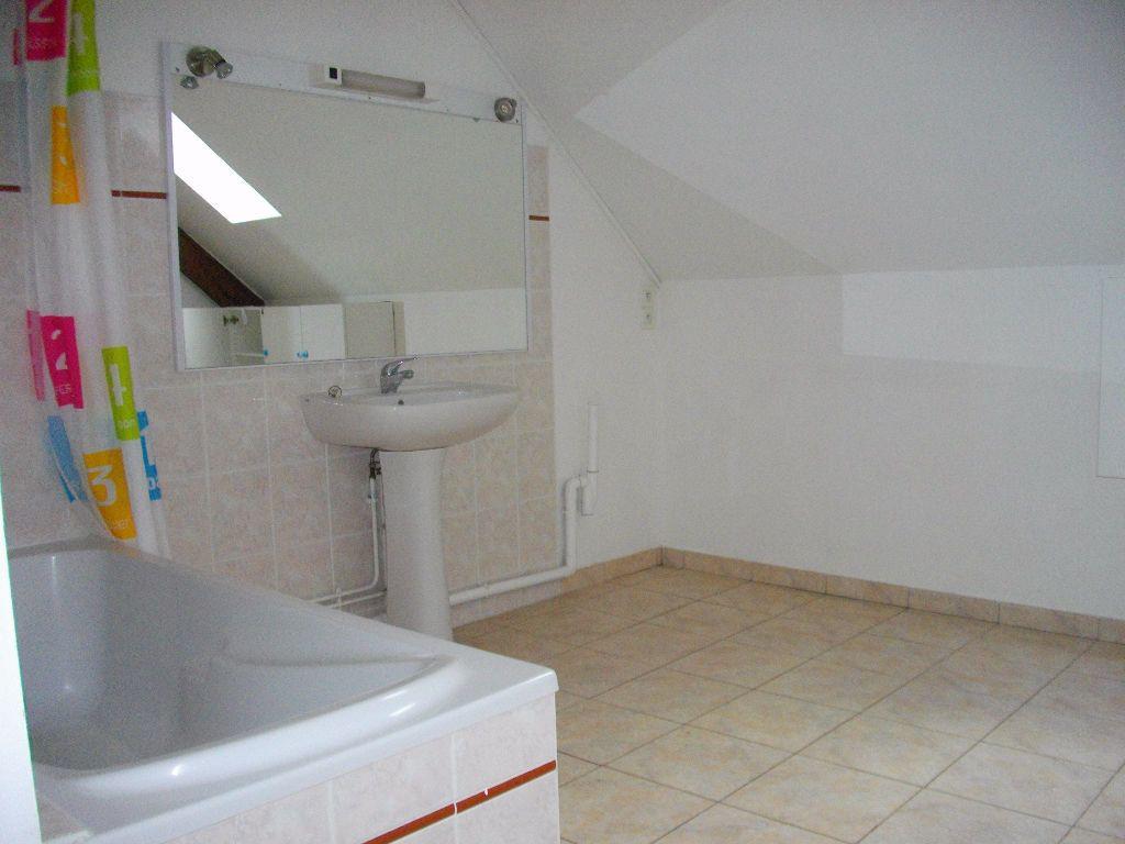Maison à louer 5 145.16m2 à Marmagne vignette-8