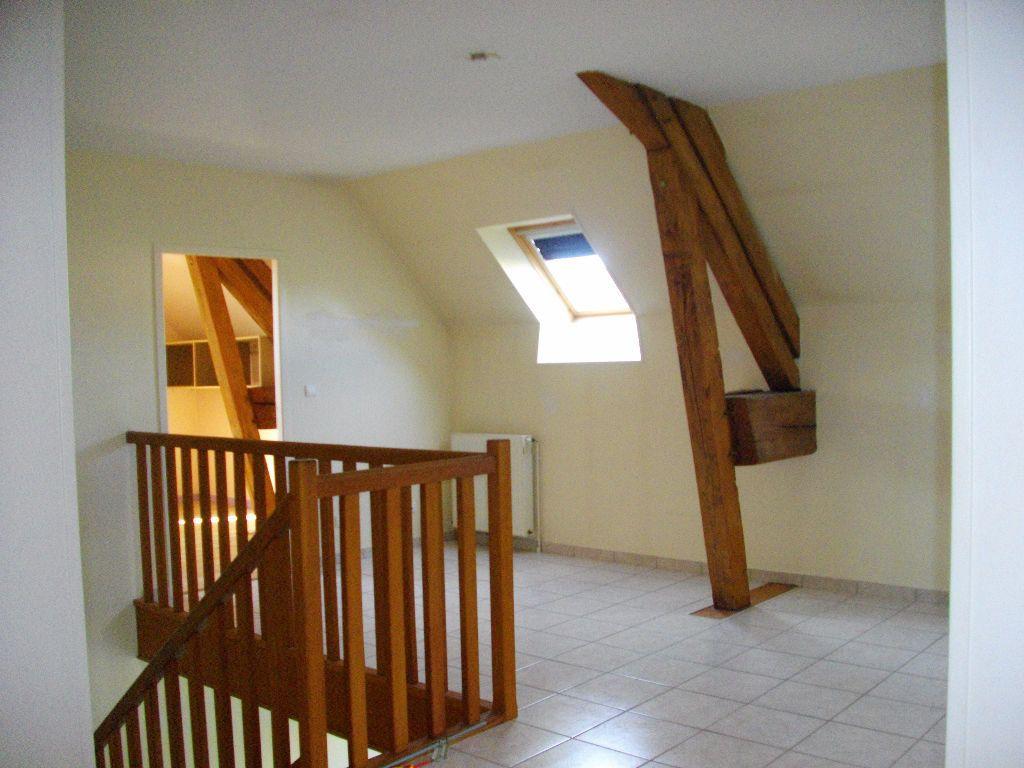Maison à louer 6 185.13m2 à Marmagne vignette-6