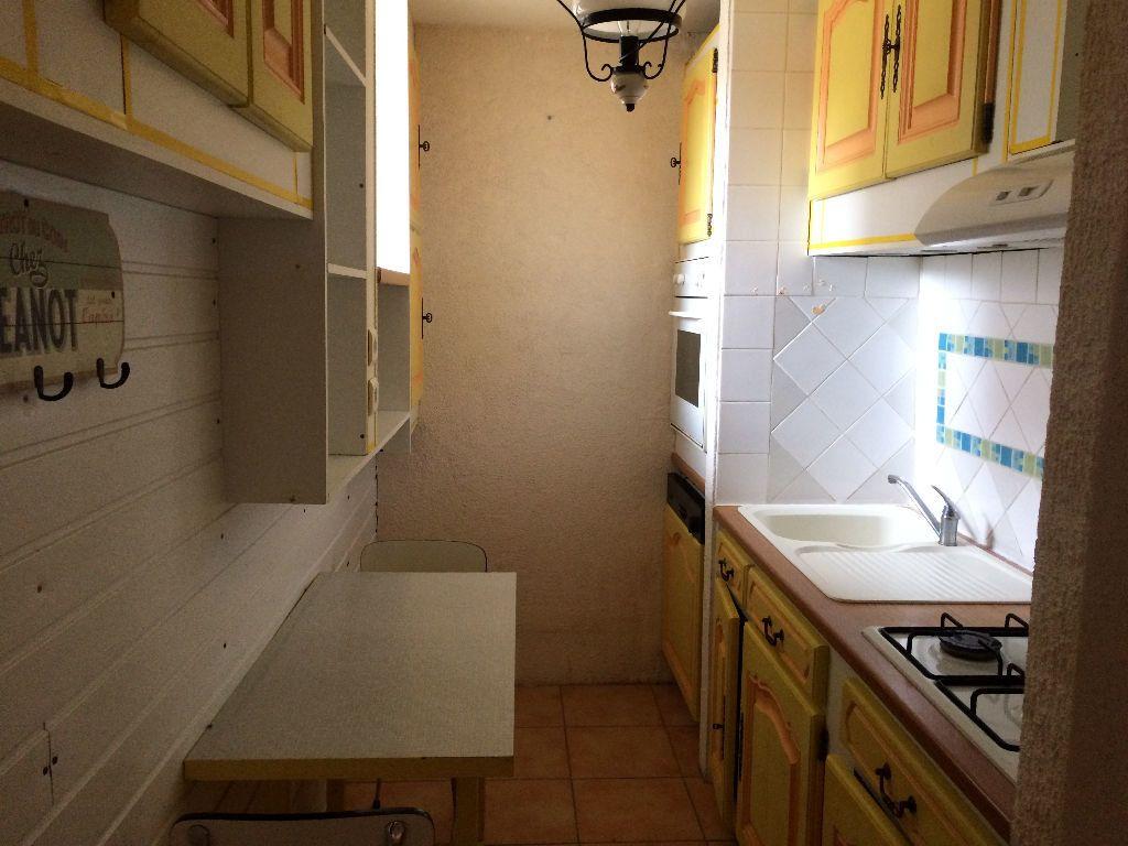Maison à louer 2 56.7m2 à Champvert vignette-2