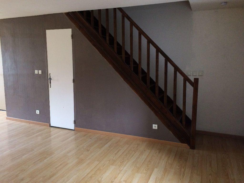 Maison à louer 2 56.7m2 à Champvert vignette-11