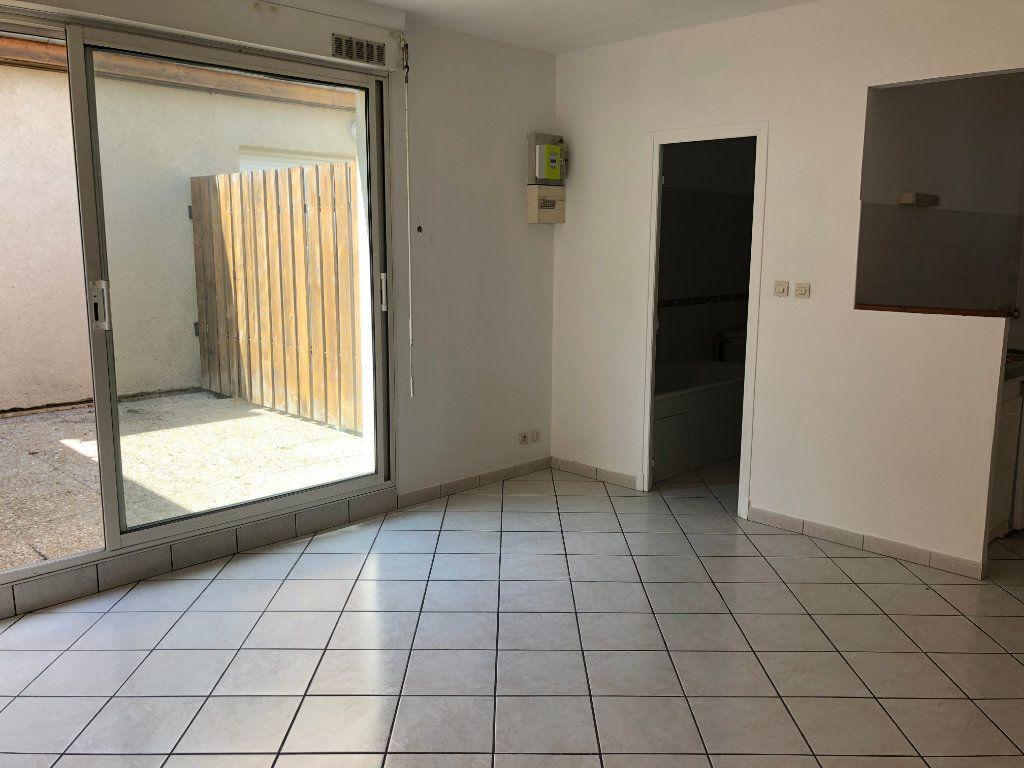Appartement à louer 1 28.15m2 à Nevers vignette-5