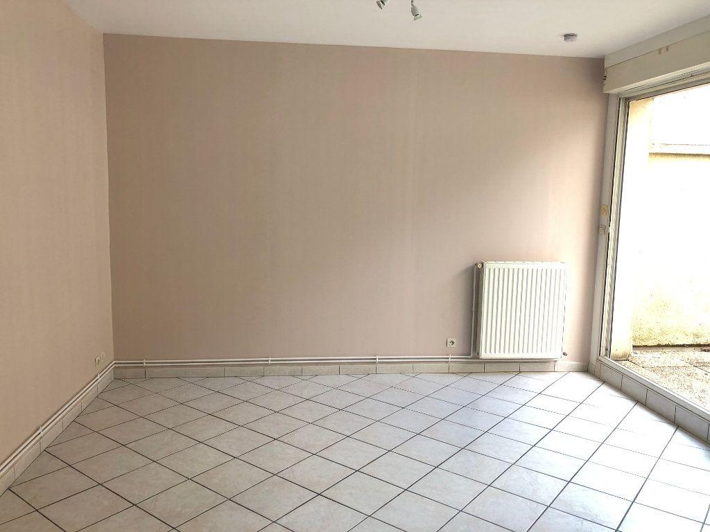 Appartement à louer 1 28.15m2 à Nevers vignette-6