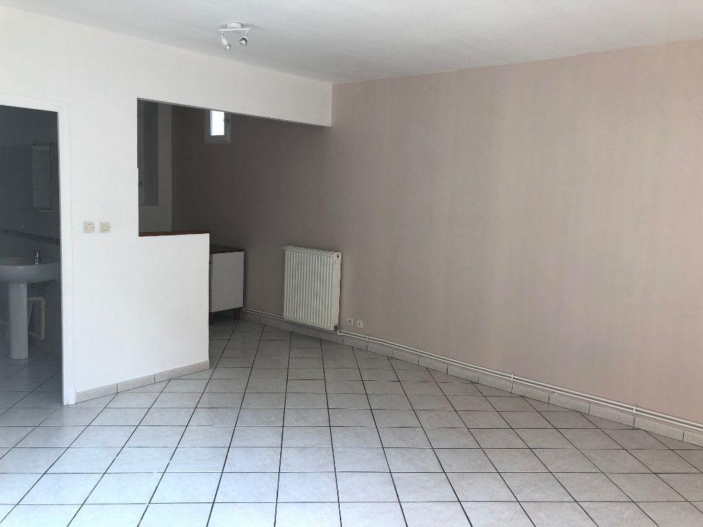 Appartement à louer 1 28.15m2 à Nevers vignette-8