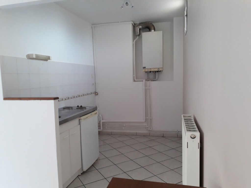 Appartement à louer 1 28.15m2 à Nevers vignette-13