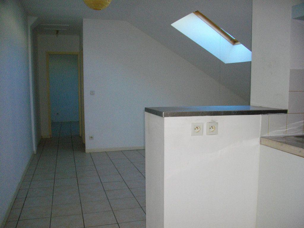 Appartement à louer 2 34.8m2 à Bourges vignette-1