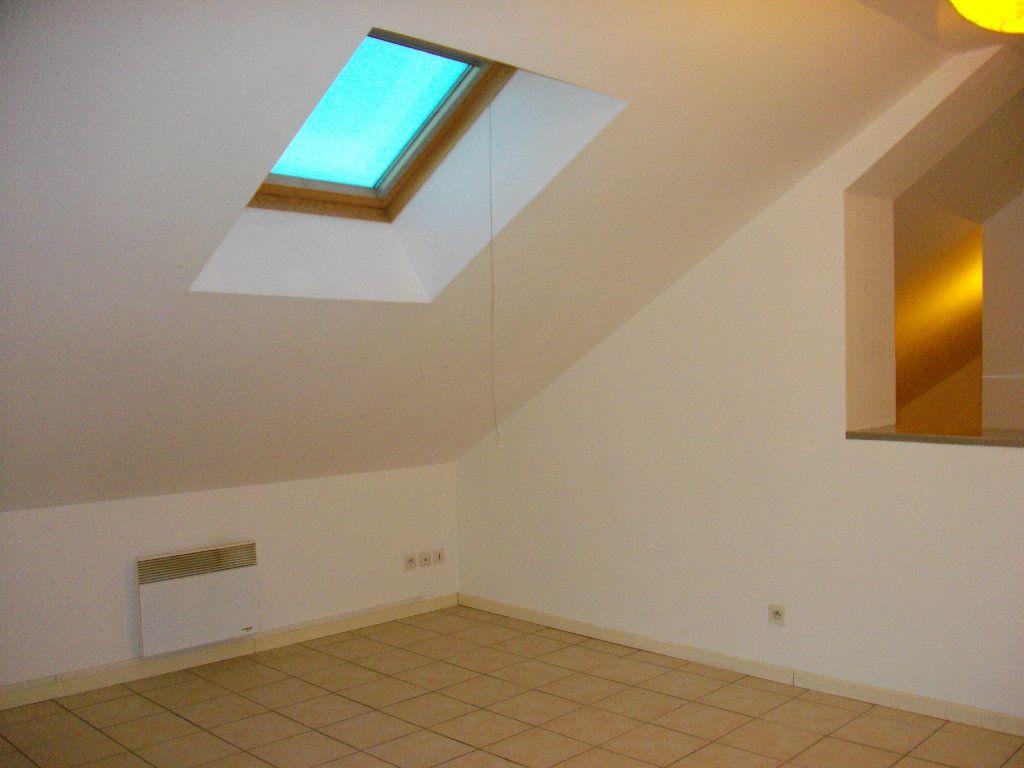 Appartement à louer 2 34.8m2 à Bourges vignette-4