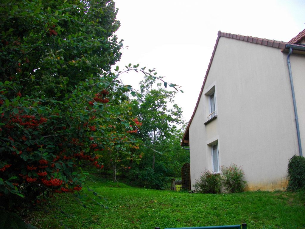 Maison à louer 5 125.47m2 à Bourges vignette-2