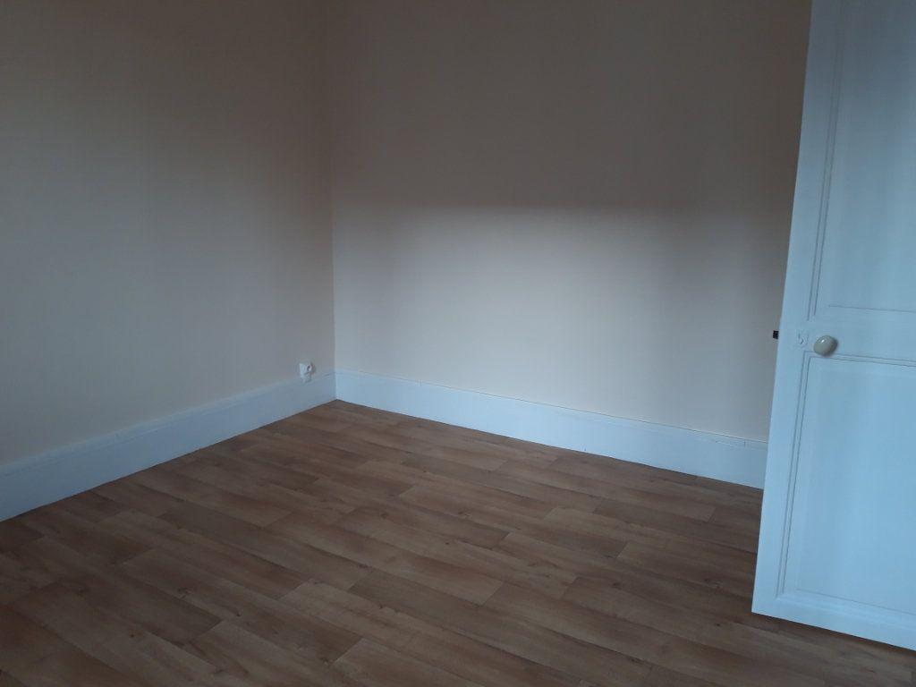 Appartement à louer 2 50.3m2 à Nevers vignette-6